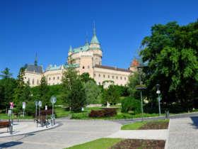 2 bojnicky chateau