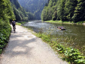 Cycling rafting pieniny