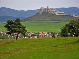 Slovakia Bike Tours Spissky Castle